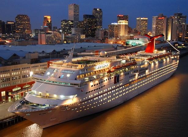 Cruise Gemi Yolculuğu